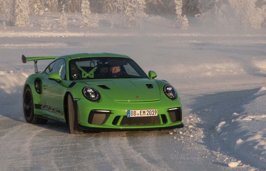 Walter Röhrl with Porsche 911 991.2 GT3 RS on ice and snow