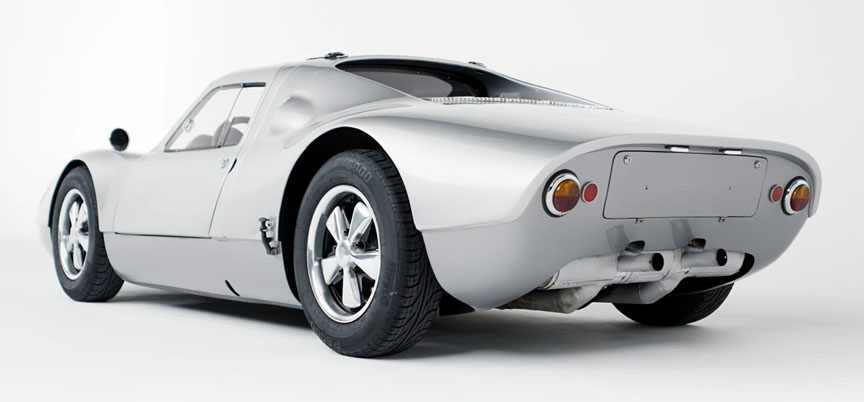 Porsche 904 prototype with small doors