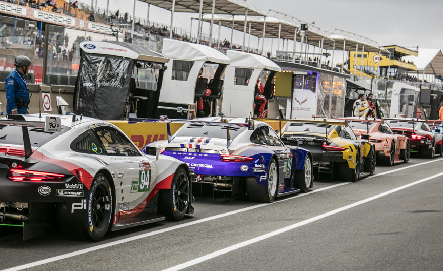 2018 Le Mans qualification, Porsches on the pit lane