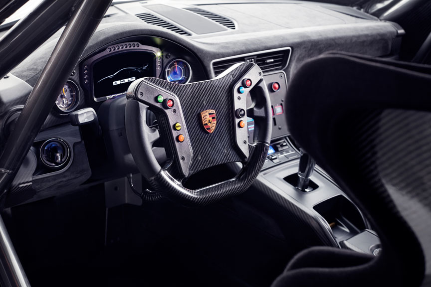2018/2019 Porsche 935 Tribute cockpit