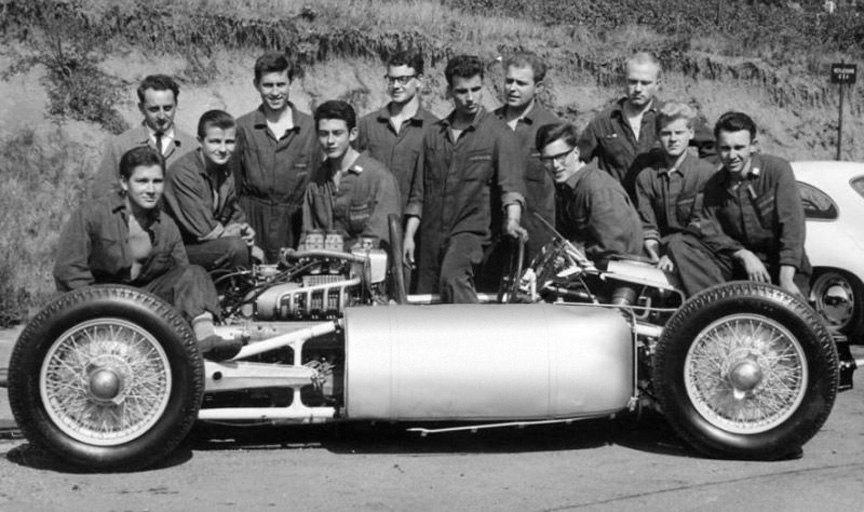 Cisitalia Porsche type 360 with apprentices