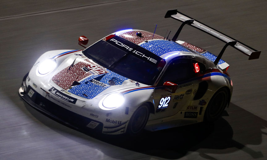 2019 Daytona, Porsche 911 991.2 RSR in Brumos Racing livery, in the dark