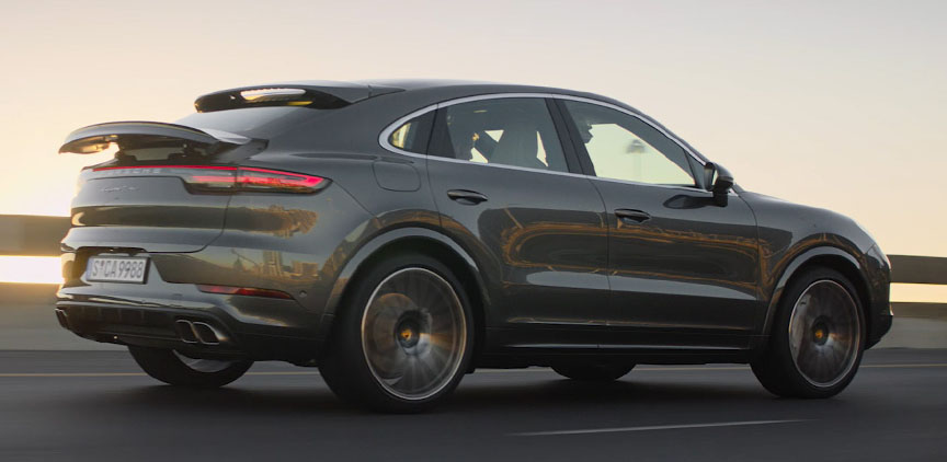 2019/2020 Porsche Cayenne Coupe in motion
