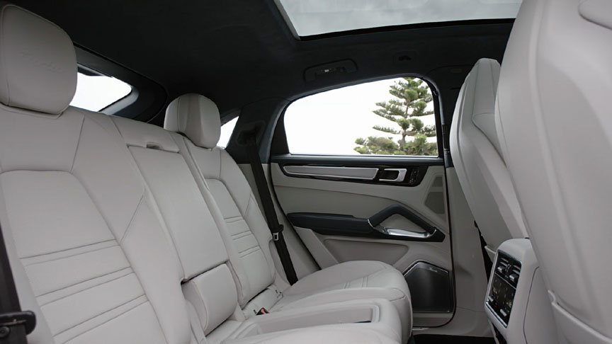 2019/2020 Porsche Cayenne Coupe rear seats