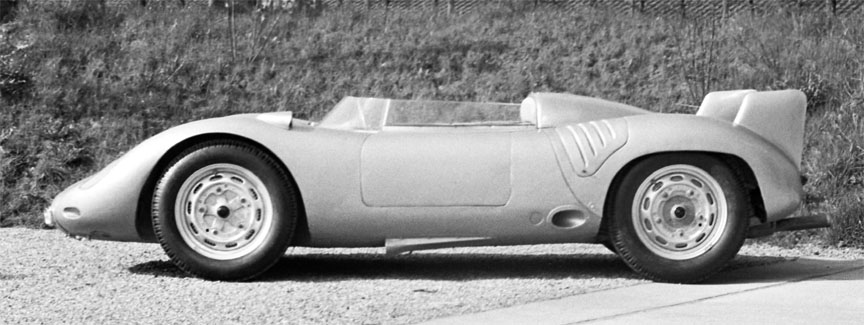 Porsche 718 RSK with fins and side cooler