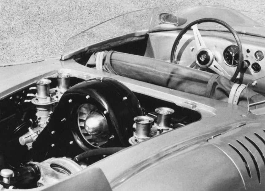 Porsche 718 RSK engine and cockpit