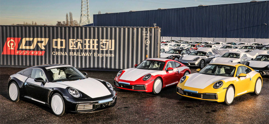 Porsche transport to China by rail (911 992 Carrera and other Porsches)