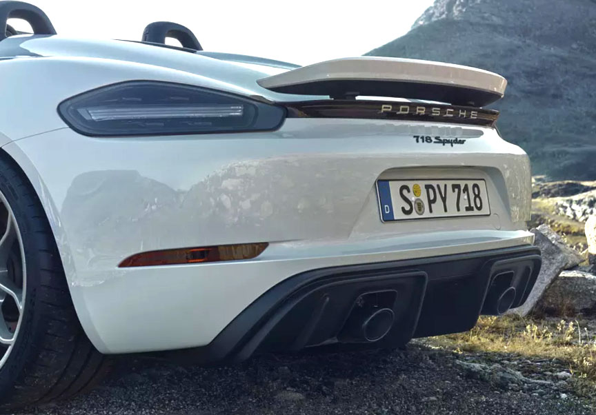 2020 Porsche 718 (982) Spyder rear spoiler up