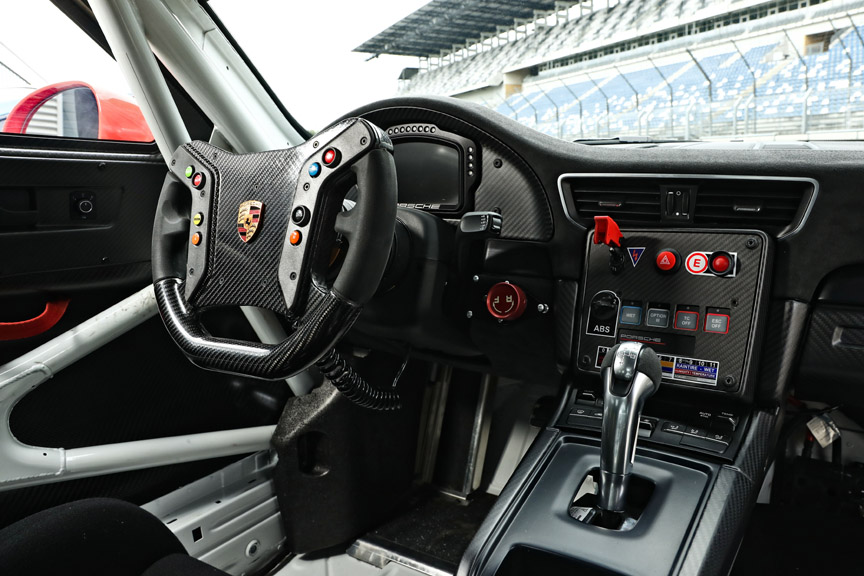 Porsche 911 991 GT2 RS CS racing car cockpit, dashboard, steering wheel, instrument cluster