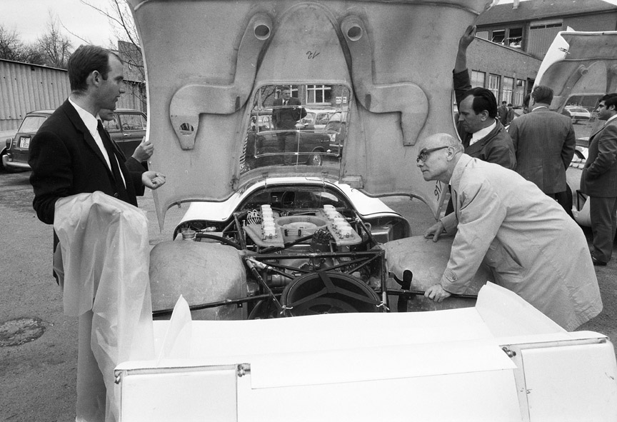 1969 Werk 1, Stuttgart, Ferdinand Piech and Porsche 917 inspection by CSI (FIA)