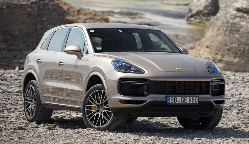 Porsche Cayenne Turbo S E-hybrid, suspension in off-road mode