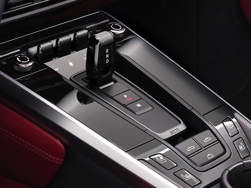 Porsche 911 992 Turbo S centre console
