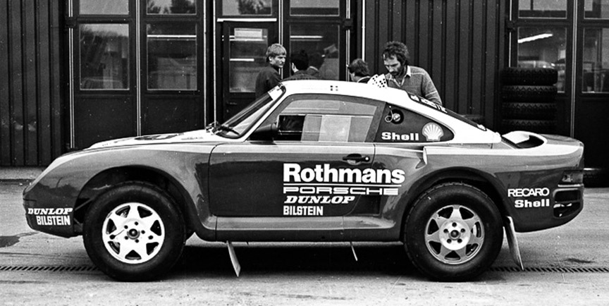 Porsche 959 rally car photographed in 1984
