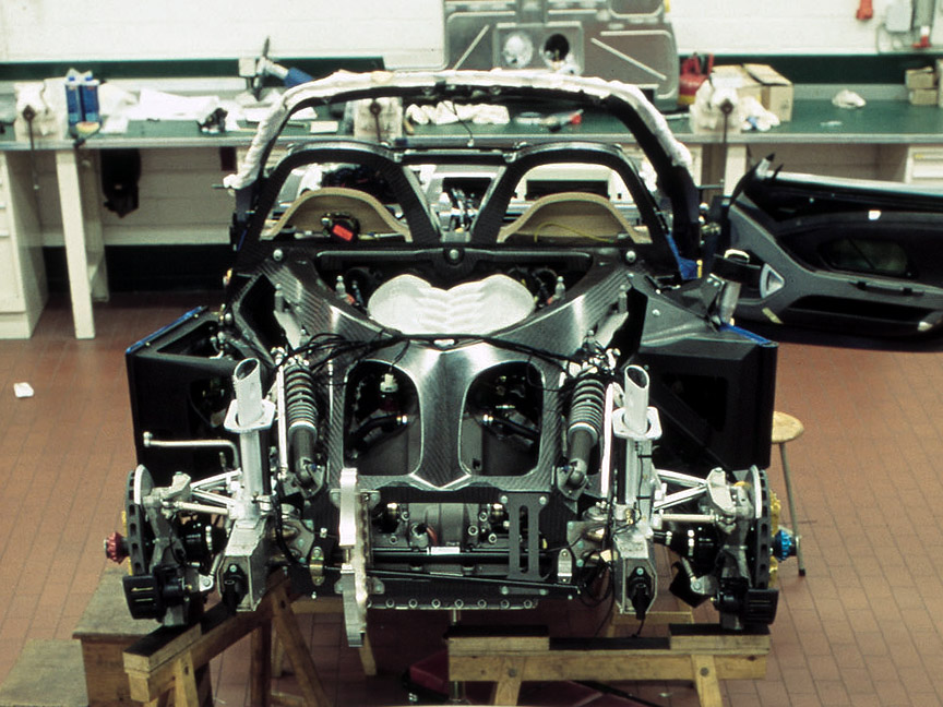 Porsche Carrera GT rolling chassis