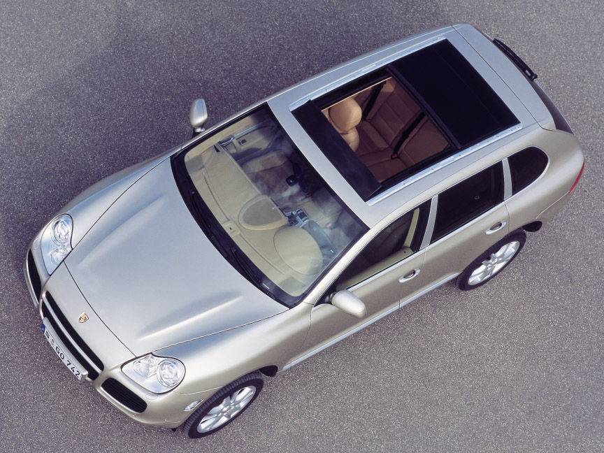 Porsche Cayenne 955 with panorama roof