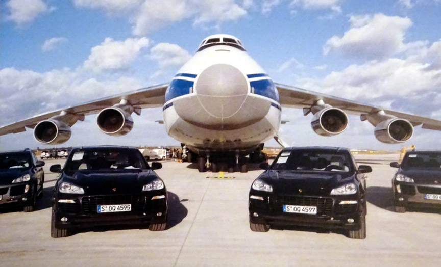 Porsche Cayenne 957 launch vehicles and An-124