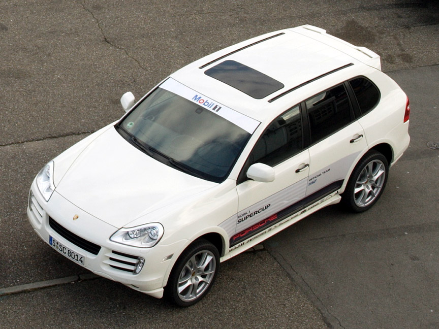 Porsche Cayenne S car for 2008 Porsche Supercup teams