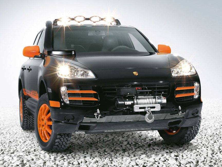 Prototype of the 2007 Transsyberia Cayenne S with winch