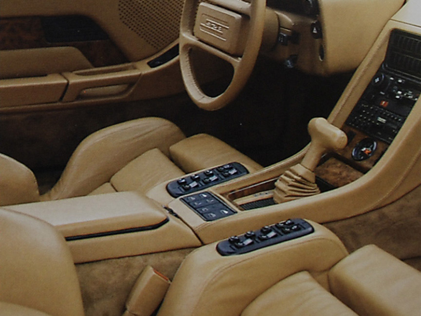 Porsche 928 Exclusive seats and wood interior trim