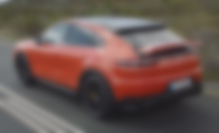 2019/2020 Porsche Cayenne Coupe in Lava Orange